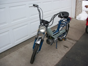 mopeds 008