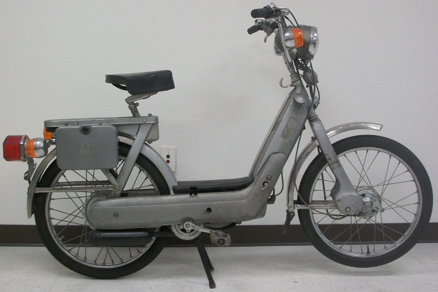 restored or reconditioned* 1977 piaggio ciao deluxe (sold