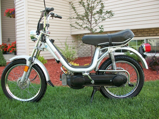reconditioned* 1982 vespa grande (sold) | sunday morning motors