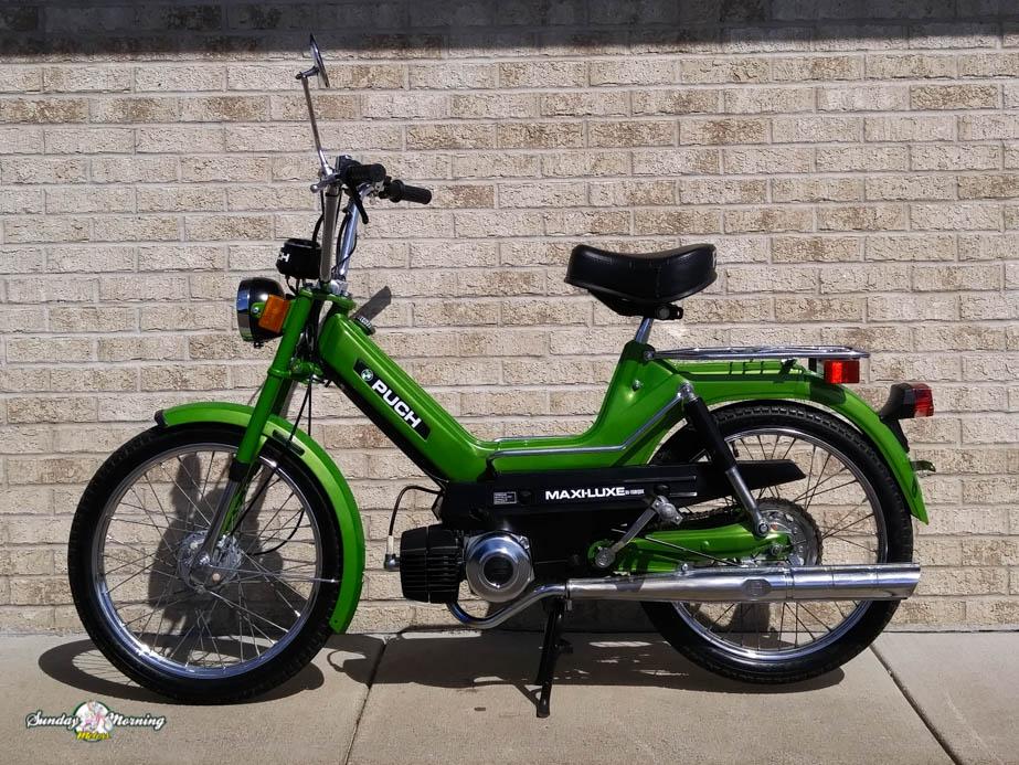 sunday morning motors beautiful vintage european pedal mopeds 1978 green maxiluxe 20 1978 green maxiluxe 21